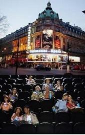 パリ 映画館3g.jpg